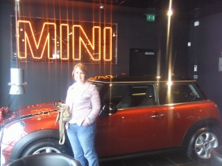Tracy picks up her new Mini...
